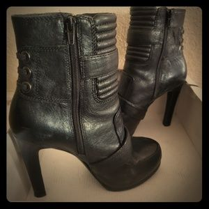 Nine West leather platform booties